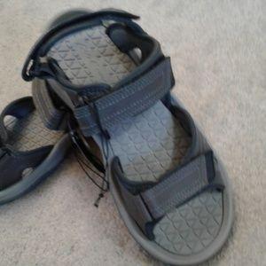 935915ced423 Eddie Bauer Shoes - 🤗NEW🤗 GREY GENUINE LEATHER EDDIEBAUER SANDALS